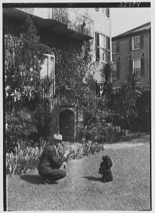 charleston-architecture-charleston-south-carolina-alfred-hutty-residence-at-46-tradd-st-hutty-and-peter