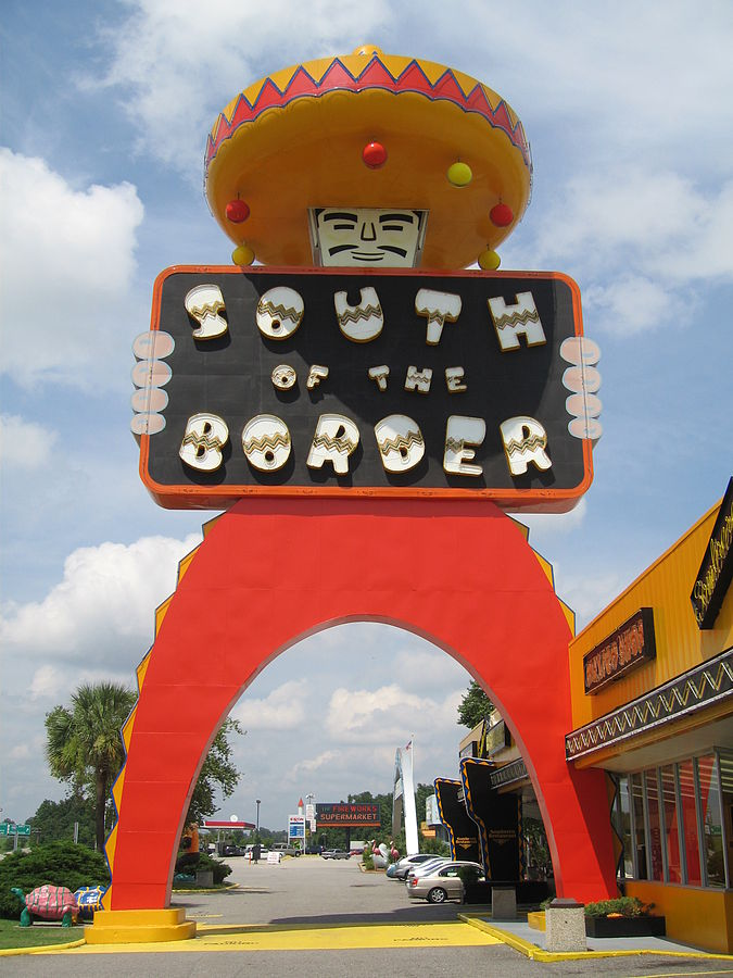 675px-south_of_the_border_attraction_1