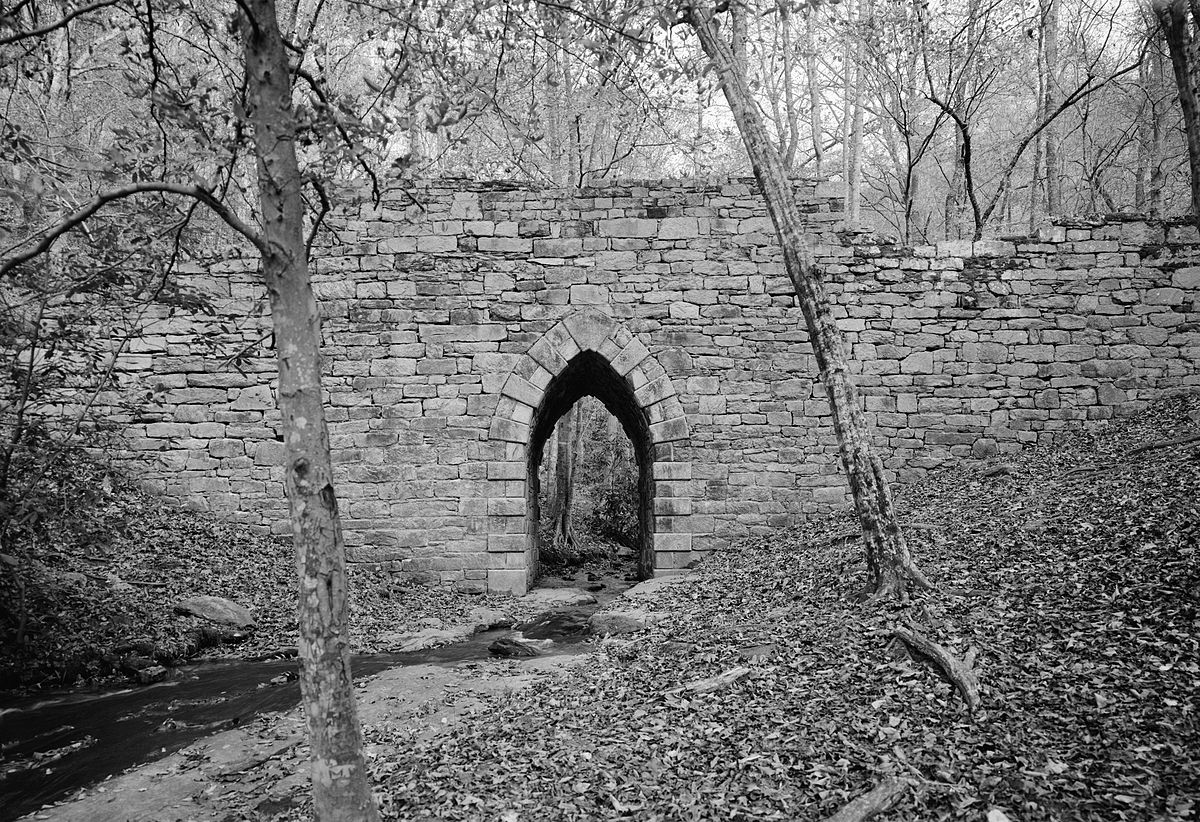 1200px-Poinsett_Bridge_in_Greenville_County_South_Carolina