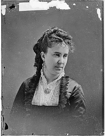 Clara Louise Kellogg