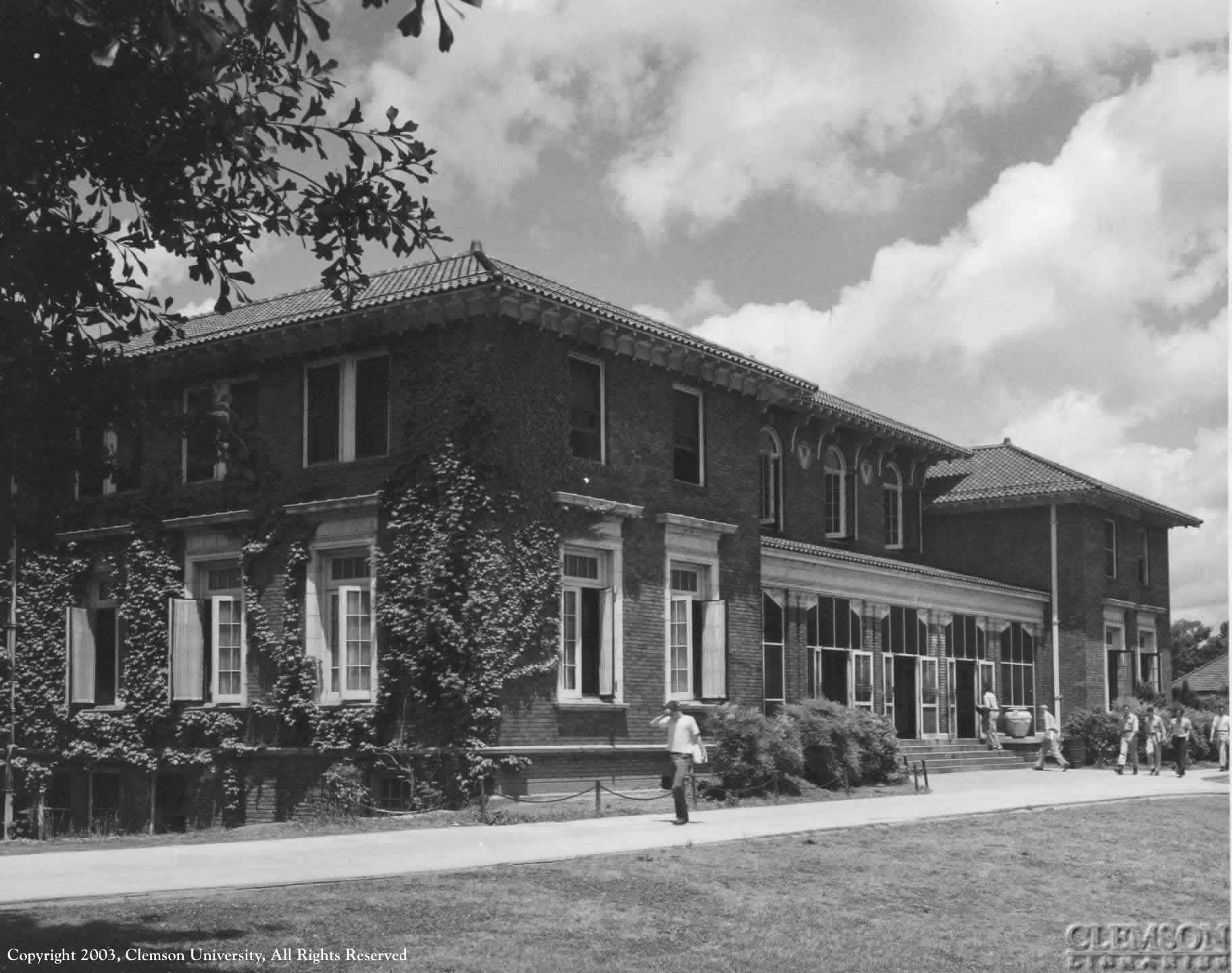 Holtzendorff Hall