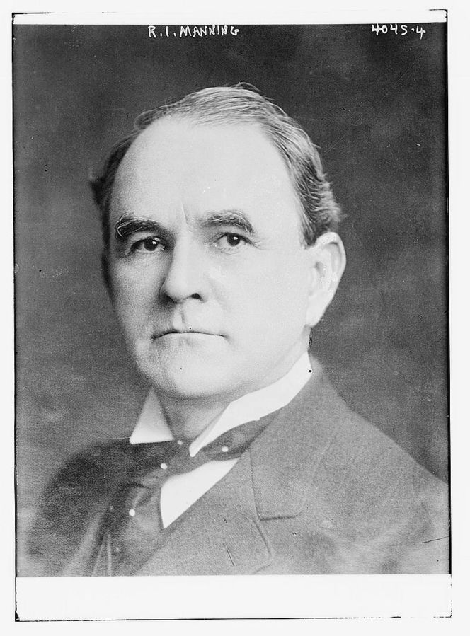 664px-Richard_Irvine_Manning_III_circa_1915